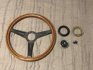 Nardi Nd Classic Woodgrain Steering Wheel With Black Spokes 365mm