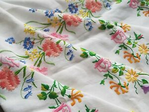 Exquisite Vintage Hand Embroidered Linen Tablecloth With Flowers