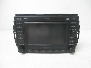 2005 2007 Dodge Durango Radio Receiver Am Fm 6 Disc Cd Navigation Rec Oem