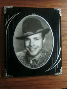 Art Deco Picture Frame Dick Powell 12 X 10 In Oval Opening 9 X 7 In