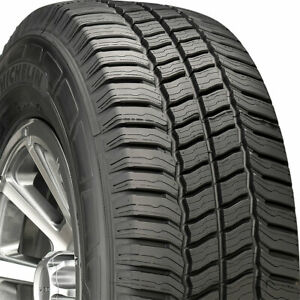 2 New Lt215 85 16 Michelin Agilis Crossclimate 85r R16 Tires 40678