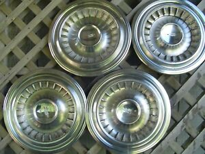 1960 Oldsmobile Dynamic Eighty Eight Ninty Eight Rocket Holiday Fiesta Hubcaps