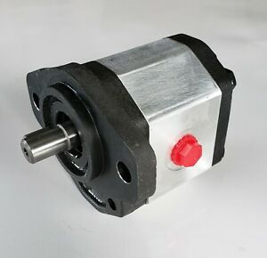 Hydraulic Gear Pump 5 2 1 Gpm 1 2 Keyed Shaft Sae Aa 2 Bolt Cb1a f2 7sa