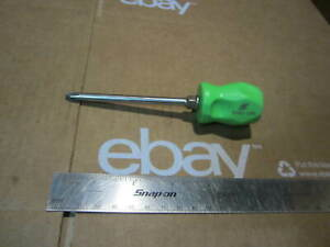 Snap on Tools 2 X 4 Green Handle Stubby Phillip Screwdriver