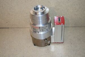 Pfeiffer Vacuum Turbo Pump Model Tmh071p Tmh 107 P W Model Tc100