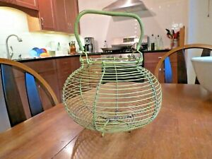 Vtge French Farmhouse Wire Egg Gathering Basket Kitchen Rustic Country Primitive
