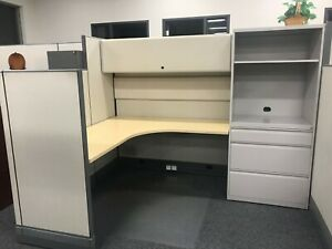 Nice Functional Herman Miller 6x8 Office Cubicles Cluster Of 6 Workstations