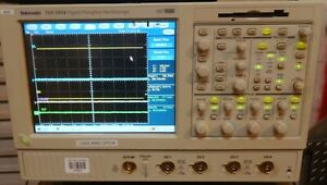 Tektronix 4 Channel Tds5054 Dpo 500mhz 5gs s Oscilloscope Touch Screen Opt 2m 2a