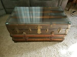 Steamer Trunk Coffee Table With 1 4 Thick Glass Top