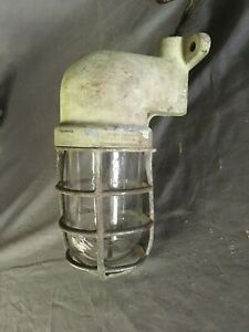 Vtg Industrial Crouse Hinds Cage Wall Light Fixture Sconce Old Factory 432 19e