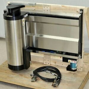 Kensington 35 3700 1725 03 Semiconductor Wafer Handling Robot With Linear Track