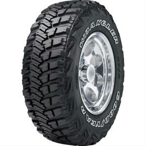 Tire Wrangler Mt r With Lt 305 70 17 Radial Q Speed Rated 119 Load Range Blackwa