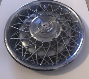 Genuine Oem 1975 To 1984 Cadillac Deville Fleetwood Wire Spoke 15 Inch Hubcap