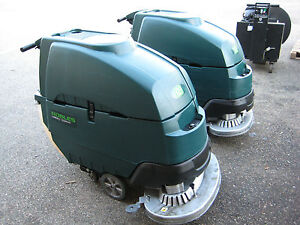 Nobles Ss5 tennant T5 Floor Scrubber 32 Under 800 Hours 60 Day Parts Warranty