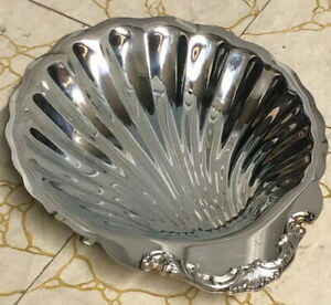 Vintage Silver Plated Shell Tray Dish Footed Wm Rogers Son By Oneida