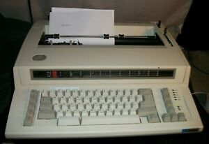 Ibm Personal Wheelwriter 2 By Lexmark Electronic Typewriter 6781 023 Vintage 680