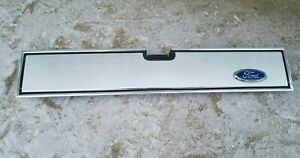 82 92 Ford Ranger Tailgate Trim Panel With Mount Brackets