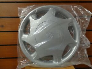 Oem New 97 2000 Toyota Camry 14 Hubcap Wheel Cover 42621 aa020 Free S