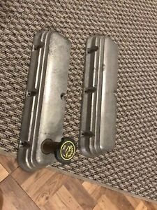 Engine Valve Cover Ford Mustang 302