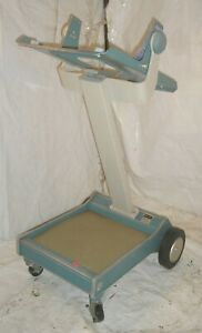 Tektronix Oscilloscope Instrument Scope Mobile Cart Type 200