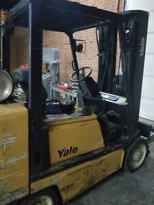 Yale Glc080 Forklift 8000lbs 3 Stage Side Sifter Solid Tire