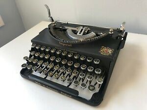 1941 Imperial a Good Companion Portable Typewriter From Leicester With Case