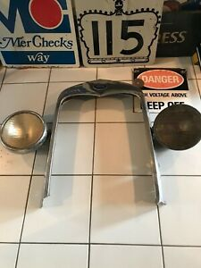 Vintage Original Ford Shell With 2 Ford Lamps 1920 30s Yes Will Ship