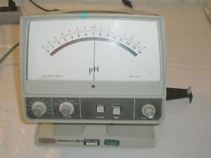 Beckman Zeromatic Ss 3 Ph Meter Model 96 Powers Up