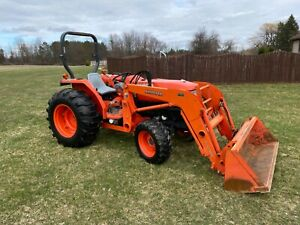 Kubota L4400 45hp 4x4 Tractor With Quick Detach Kubota La703 Loader And Bucket