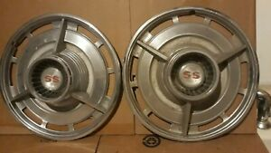 1964 Chevy Ss Hubcaps Nova Chevelle 14 Wheel 2 Hubcaps