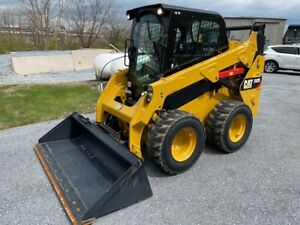 2017 Cat 242d Skidsteer Loader 400 Hrs 2 Spd Cab Air Heat Exceptional Cond