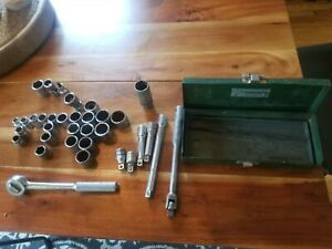 Nice Vintage S K 3 8 Drive Sae Socket Set Box Ratchet Extenstion Bar Metal Box