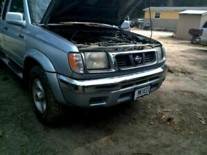 Carrier Front Axle 6 Cylinder Xe 265 70r15 Tires Fits 99 00 Frontier 161539