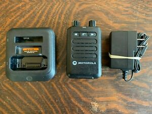 Motorola Minitor Vi W Battery Charger 143 174 Mhz Vhf Fire Ems Pager