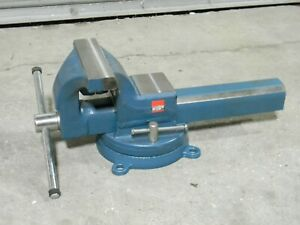 Bessey Industrial Bench Vise W Swivel Base 8 Jaw Width 10 Opening Bv df8sb