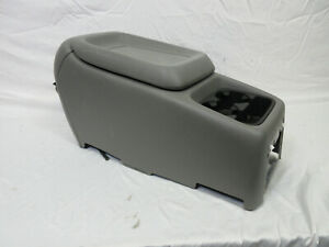 99 02 Chevy Silverado Center Console Light Gray