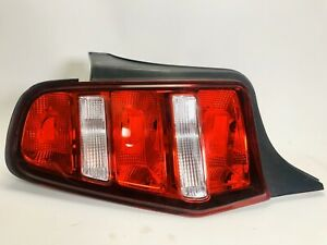 2010 2011 2012 Ford Mustang Tail Light Left Driver Lh Used Oem Tested
