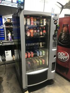 Very Nice Royal Vision Rvv500 Glass Front Soda Drink Vending Machine With Arm