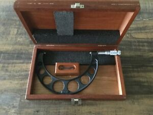Brown Sharpe 6 7 Od Micrometer In Wood Case With Wrench Usa Made