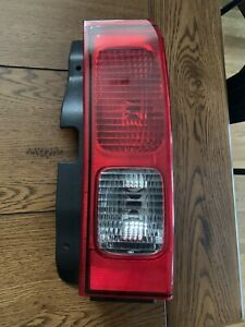 Hummer H3 Tailight Right Side Housing Only