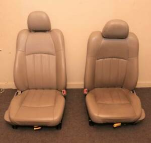 09 Chrysler 300c Front Seats Leather Nice