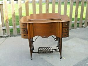 Antique 1910s The Free 5 Treadle Sewing Machine In Beautiful Oak Cabinet Euc