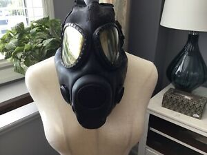 Vintage Authentic Military 62 Msa 2d9 Black Rubber Gas Mask Must See No Reserve
