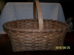 Antique Split Oak Handwoven Gathering Basket 19 L X 15 W Signed Hempstead Ex