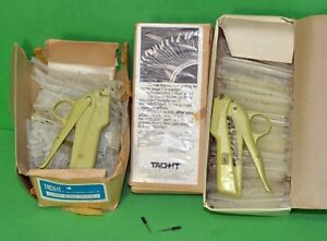 2 Dennison Tagging Tagger Guns And Approximately 4 000 Barbs Fasteners