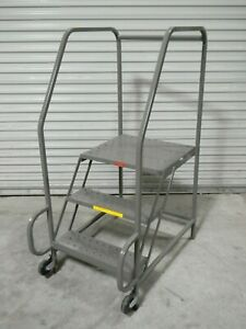 Pw Platforms Tilt And Roll Steel Safety Ladder 3 step 300 Lb Cap Tr3sfh30w21ns