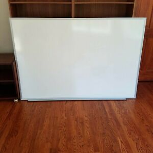 Huge Universal Dry Erase Marker Whiteboard 72 X 48 Inches New