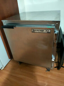 Beverage Air Ucr27 Commercial Kitchen Refrigerator Works Perfectly