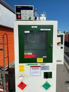 Used Praxair Two Bottle Ph3 H2 Gas Cabinet W Ultrapurge Up100 Controller