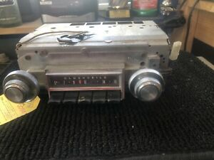 1967 Oldsmobile Cutlass F85 Am Push Button Radio With Knobs